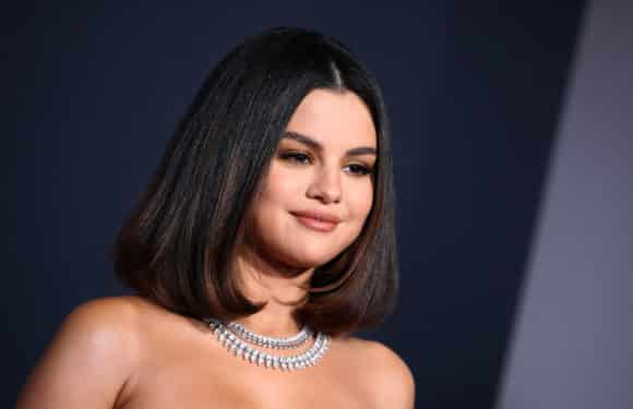 Selena Gomez Workout and Diet Plan For Weight Loss